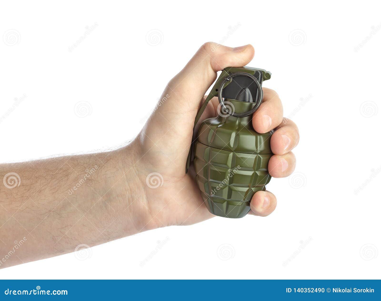 Hand med granaten