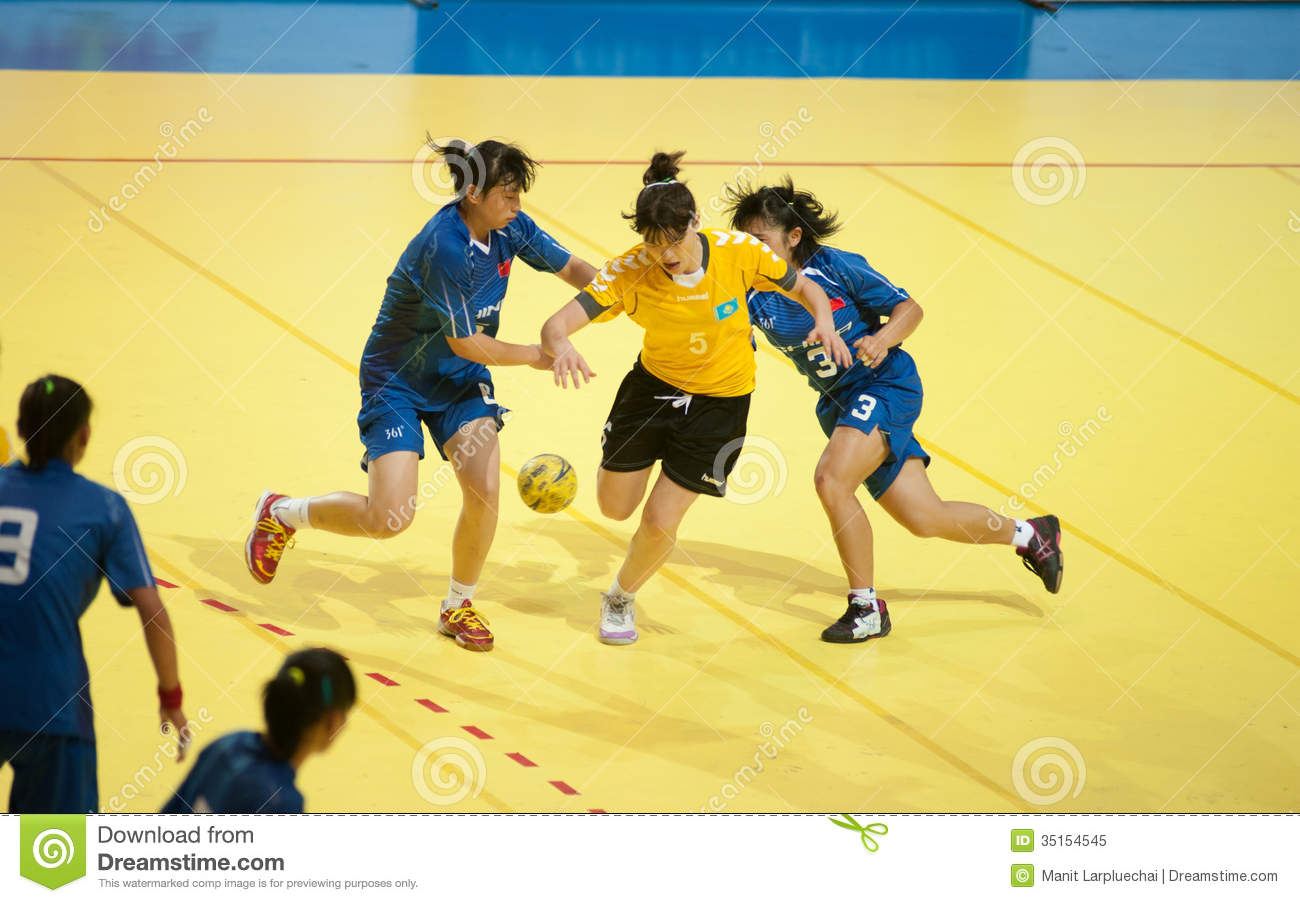 thai massasje gardermoen match women