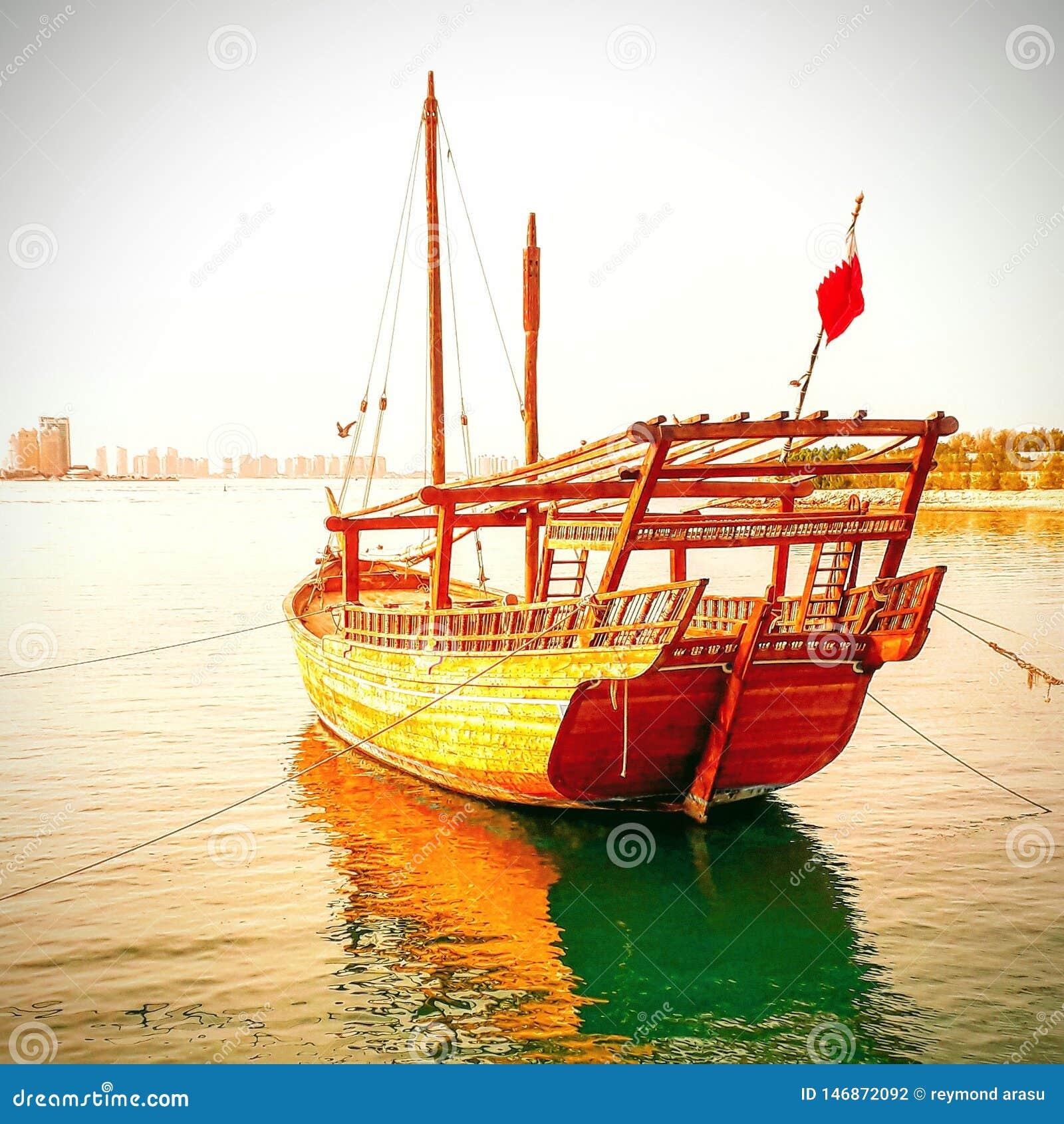 Handcrafted fartyg