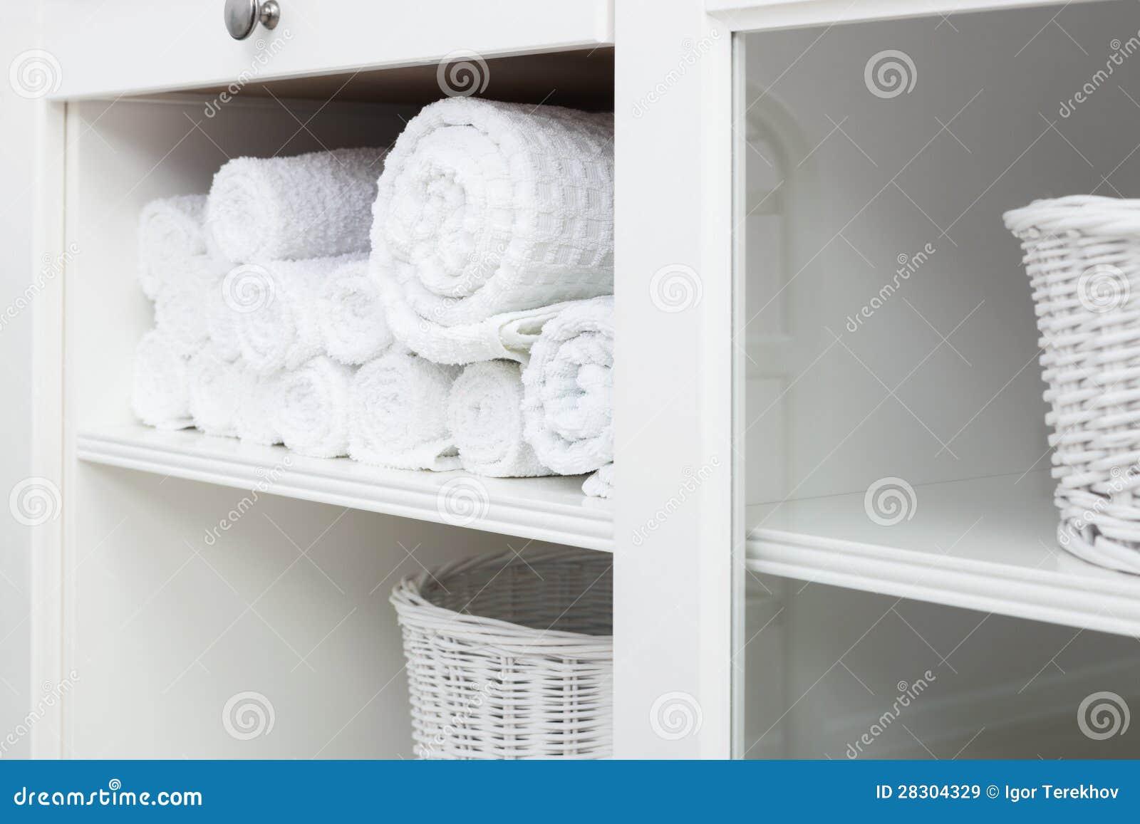 Badkamer kasten open handdoeken kast badkamer badkamer badkamer