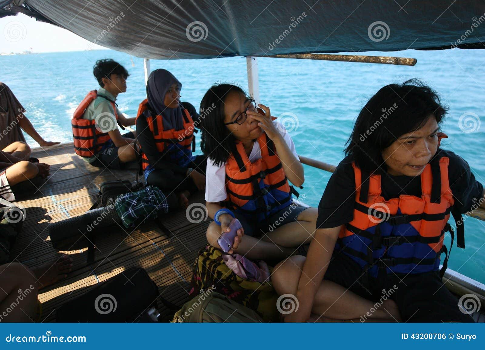 Download Handelsresandear redaktionell bild. Bild av hyra, fiske - 43200706