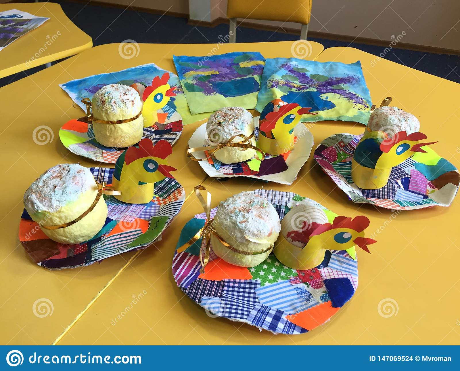 Handgemachte Geschenke Ostern, die Kreativität der Kinder
