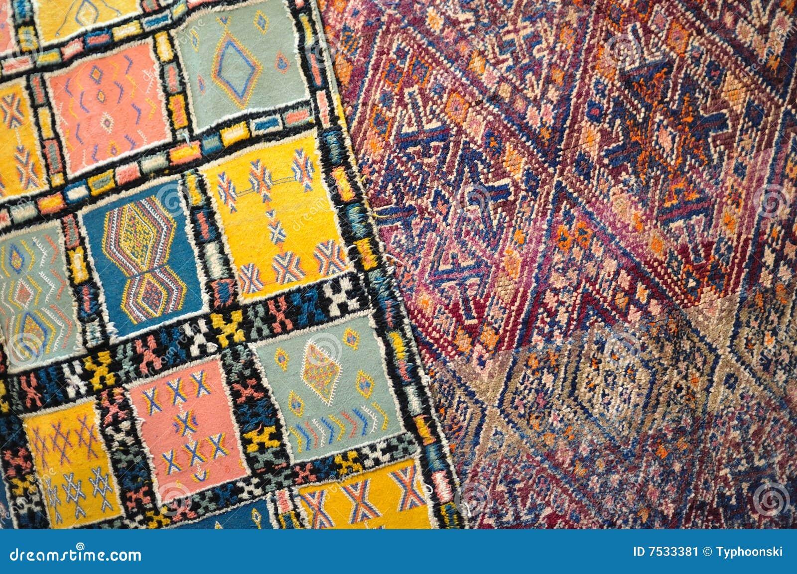 Handgemachter Teppich In Marokko Stockbild  Bild 7533381