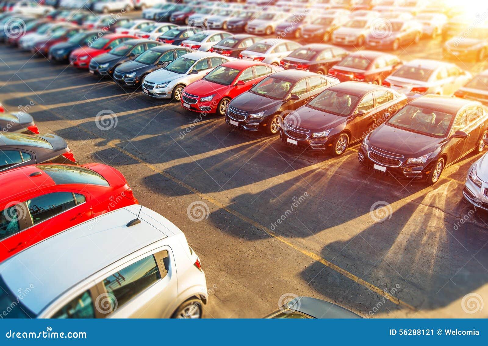 Handlowów samochodów Nowy zapas