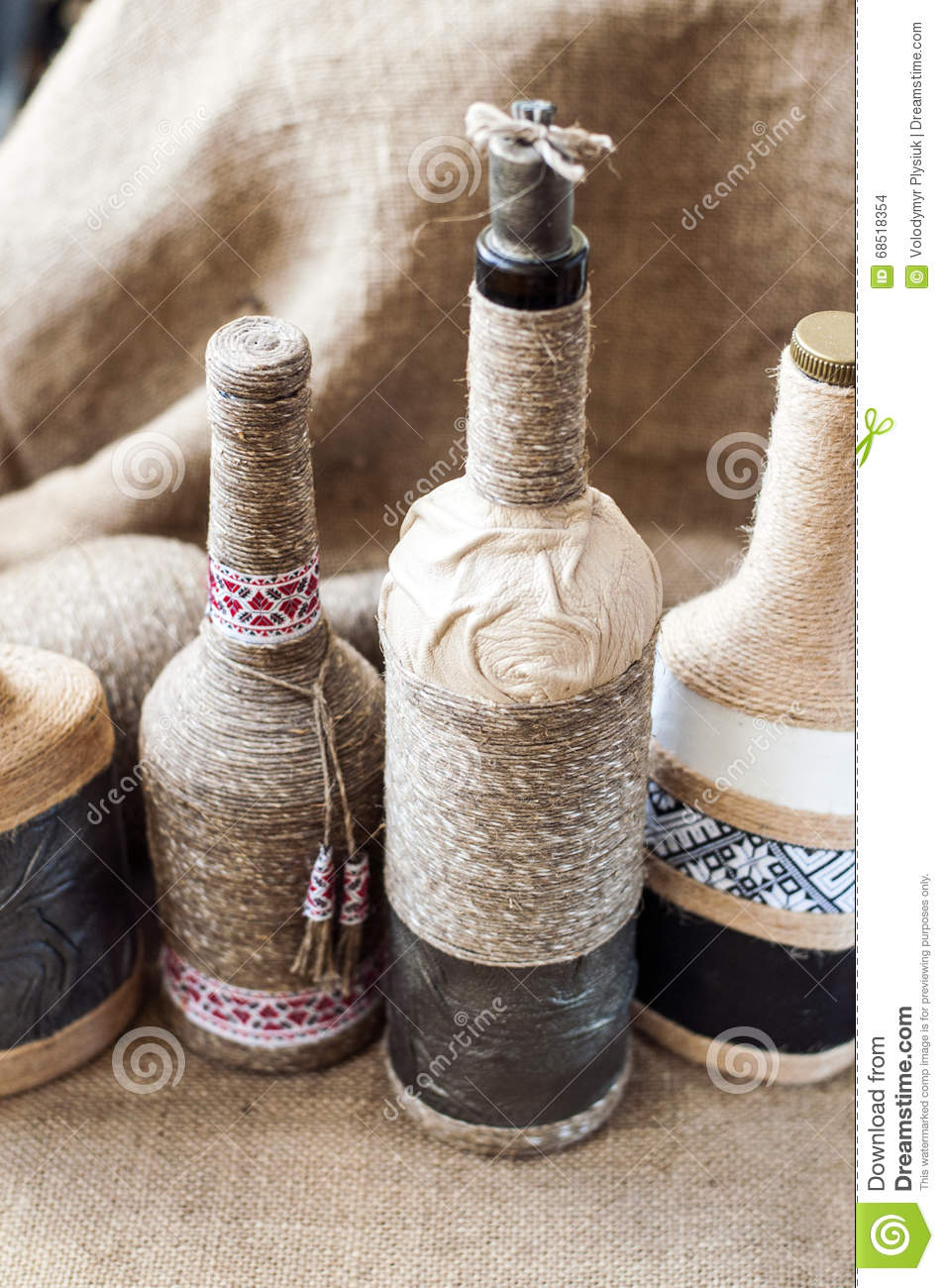 Decoration of bottles with twine 6