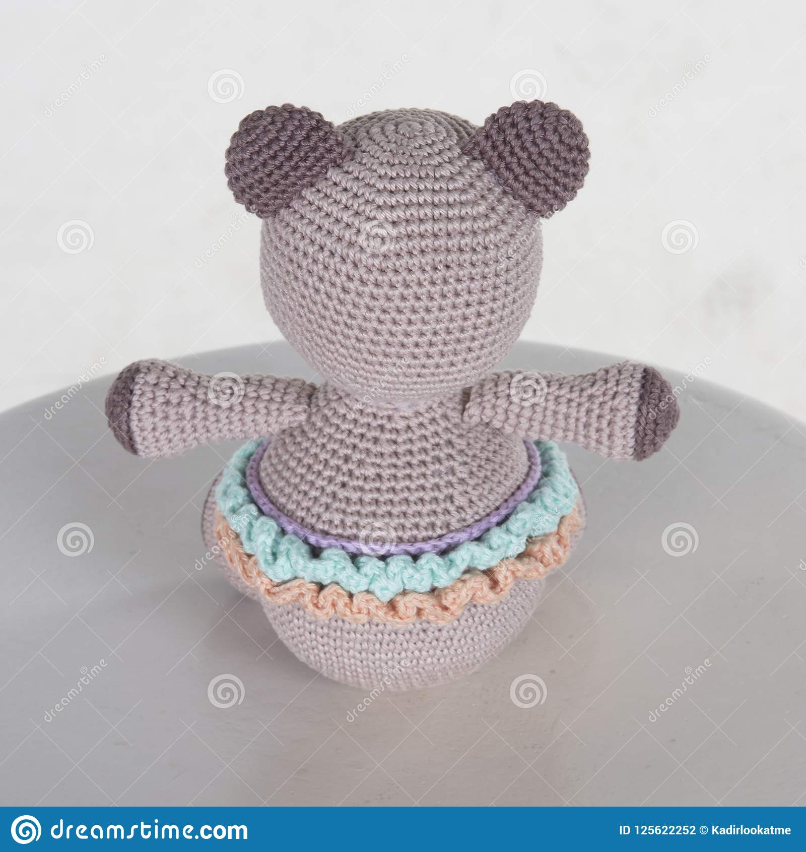 How to Embroider Almost Perfect Amigurumi Eyes | Crochet Arcade | 1690x1600
