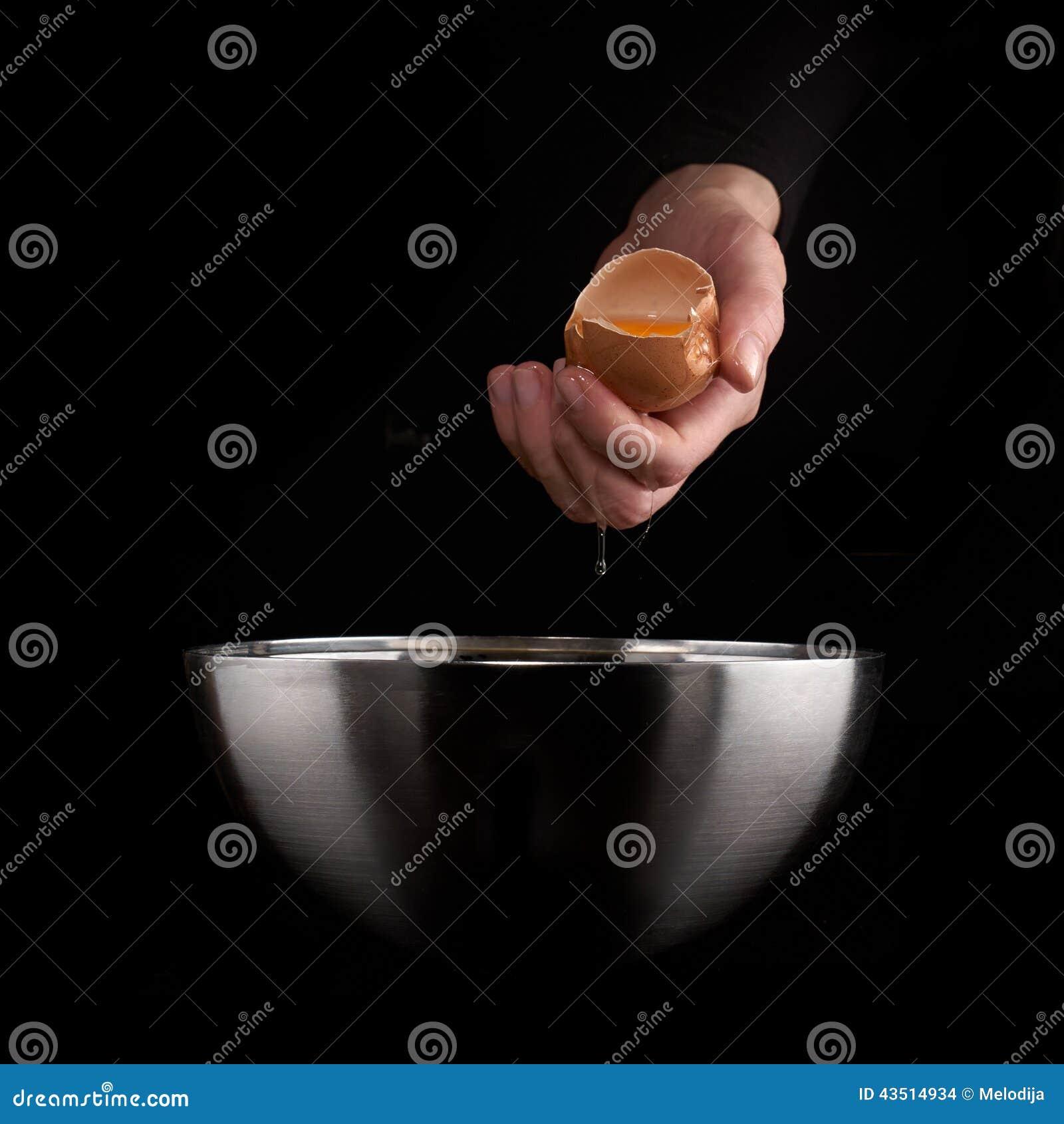 egg yolk falling - photo #25