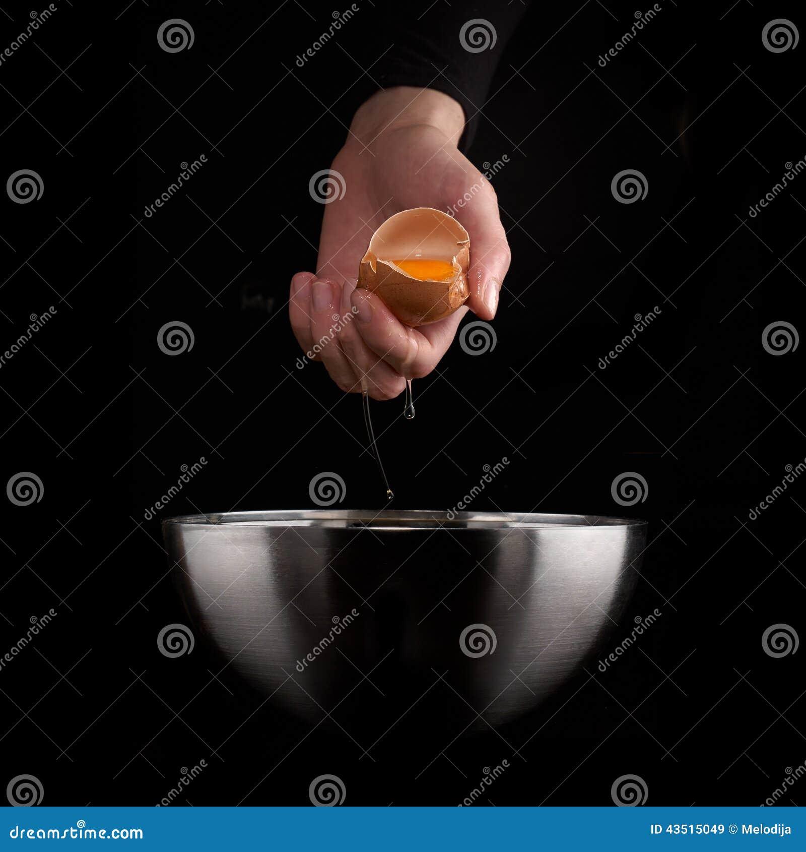 egg yolk falling - photo #24