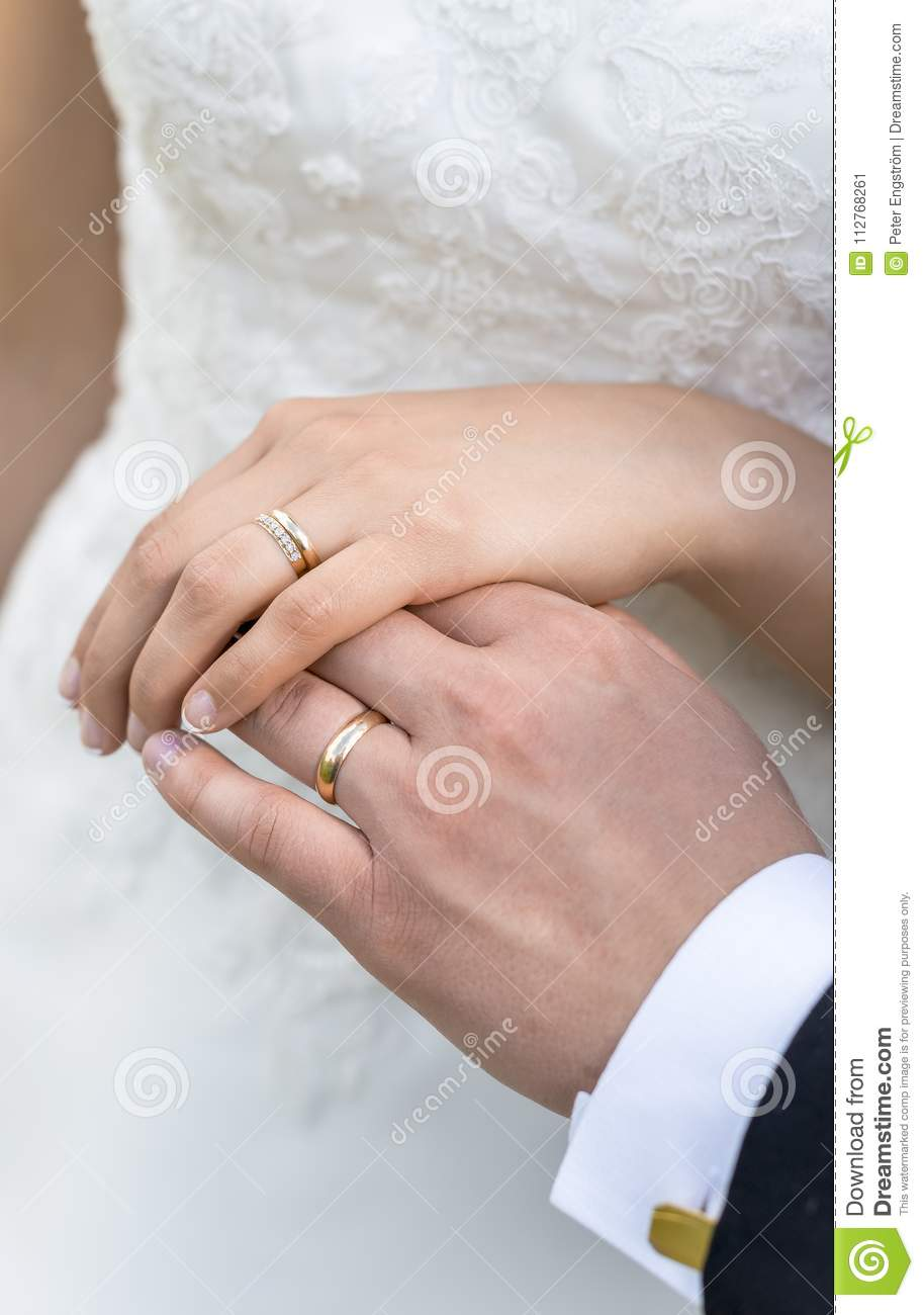 Hands Of Bride And Groom With Wedding Rings Stock Image - Image of ...