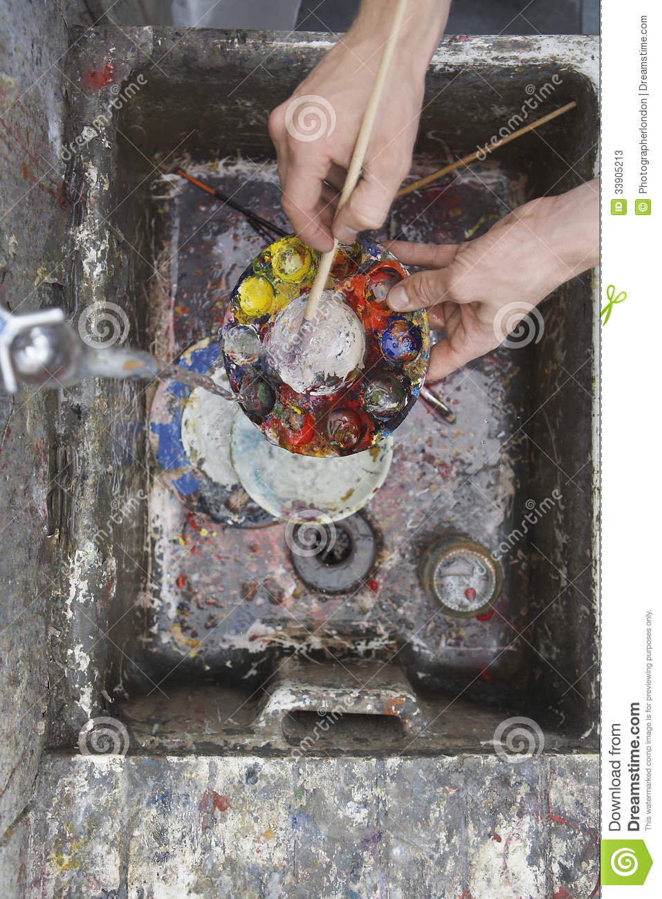 Hands Cleaning Palette At Dirty Sink Stock Image Image