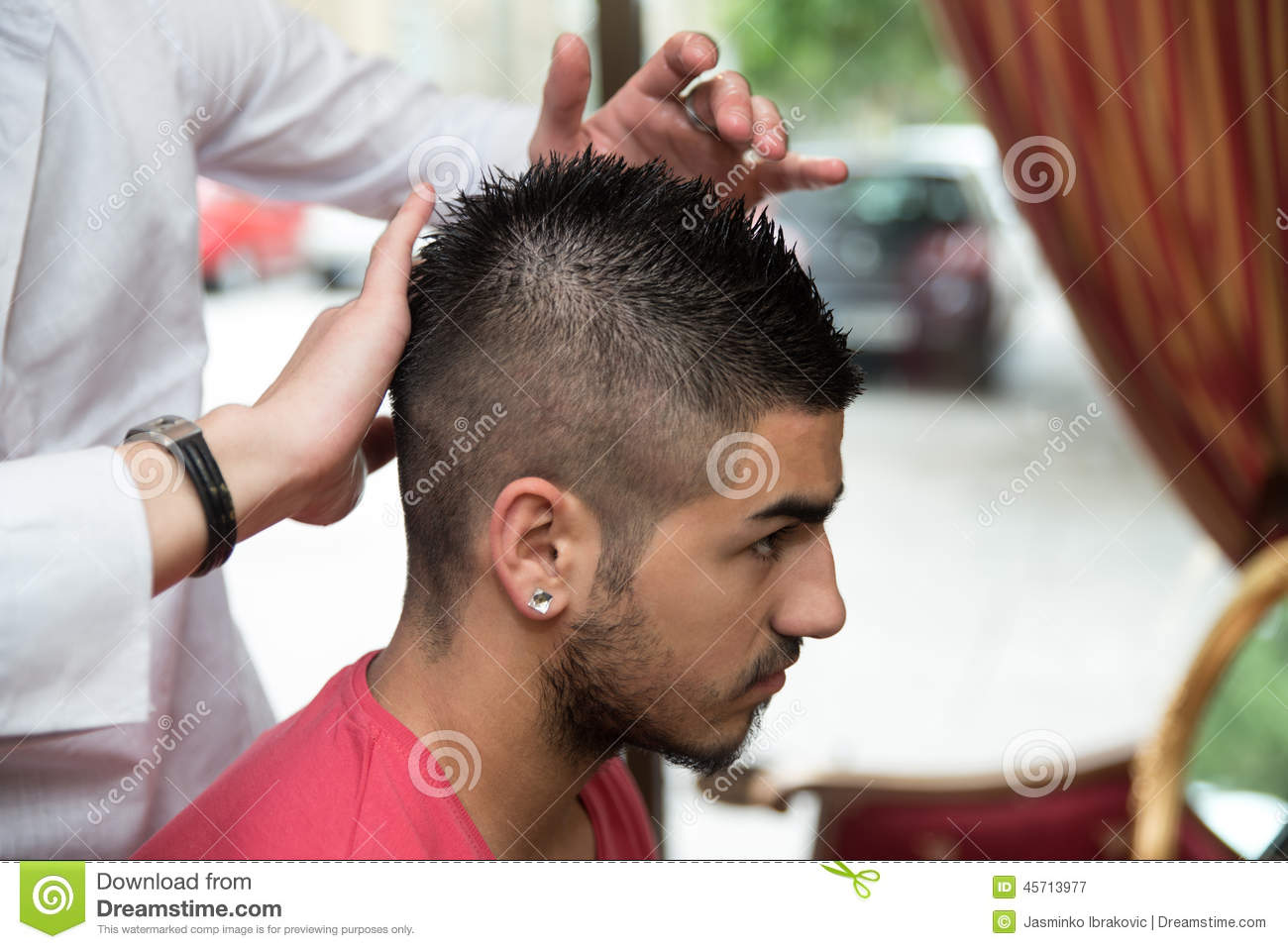 Hands Of Professional Hair Stylist Stock Image Image Of Beautician