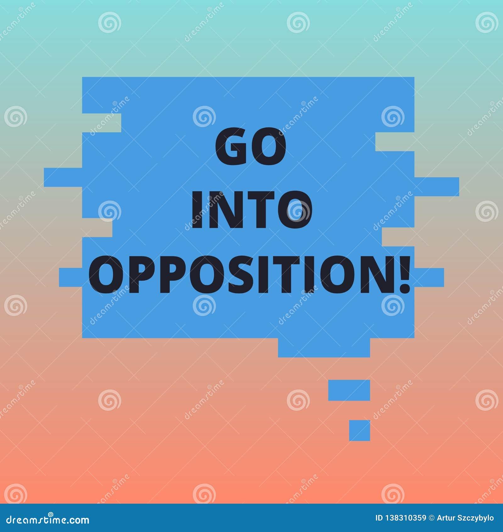 Handschriftstext steigen in Opposition ein Konzept, welches das Demonstrieren bedeuten oder Gruppe, die etwas protestierend leere