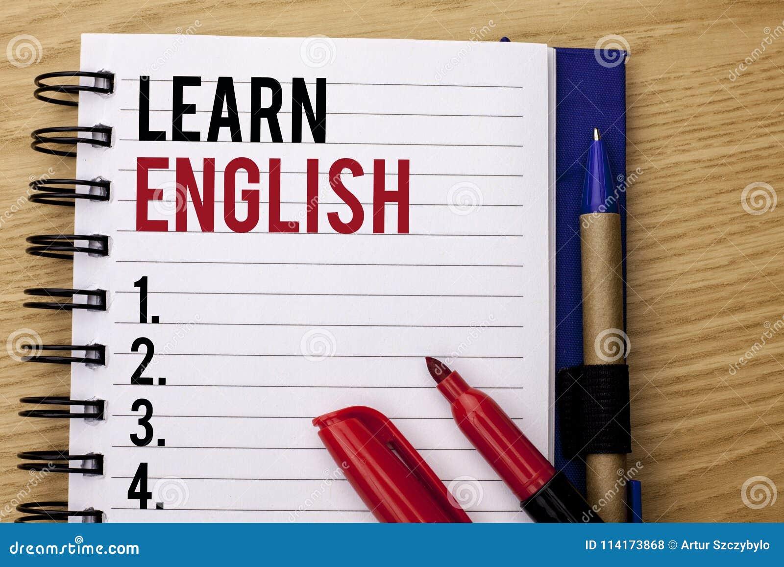 Handschriftstextschreiben lernen Englisch Konzeptbedeutung Studie eine andere Sprache lernen etwas die fremde Mitteilung, die auf