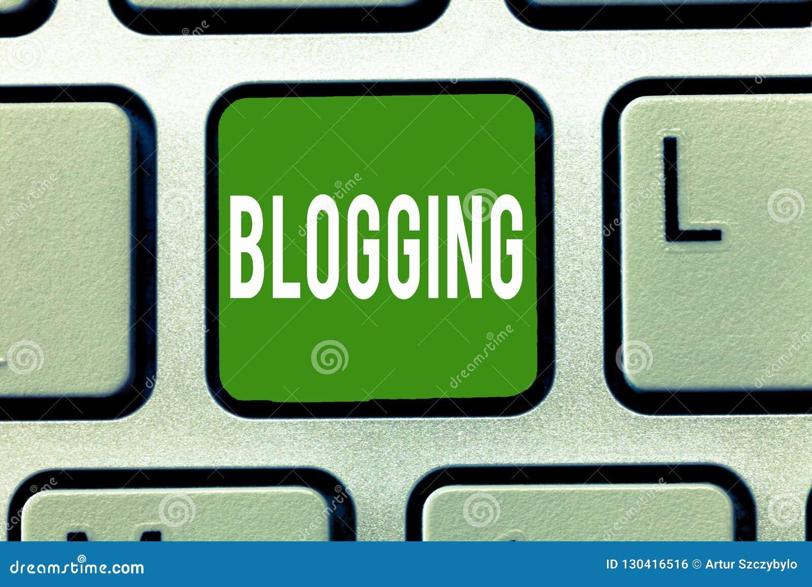 Handschrifttekst Blogging De conceptenbetekenis schrijft materiaal voor een blog online digitale moderne mededeling