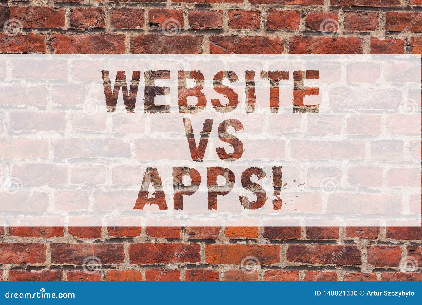 Handschrifttekst het schrijven Website versus Apps Concept die Twijfel tussen het gebruiken van een webpagina of een online toepa