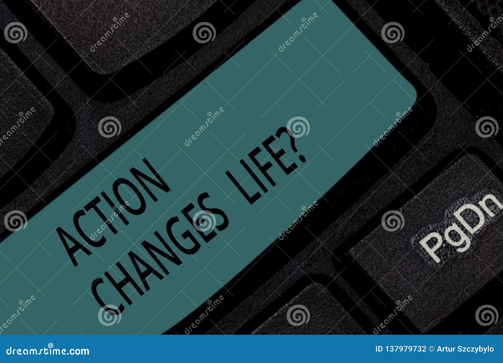 Handskrifttexthandling ändrar saker Begreppsbetydelse som övervinner motgång, genom att ta handling på utmaningtangentbordtangent