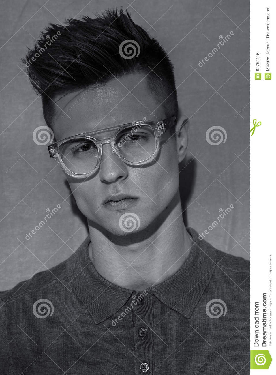 guys with glasses attractive