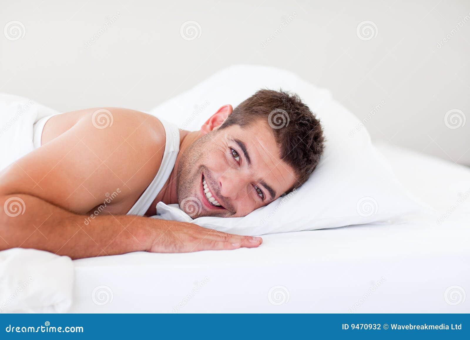 Проснулся в кровати сестры 2 фотография