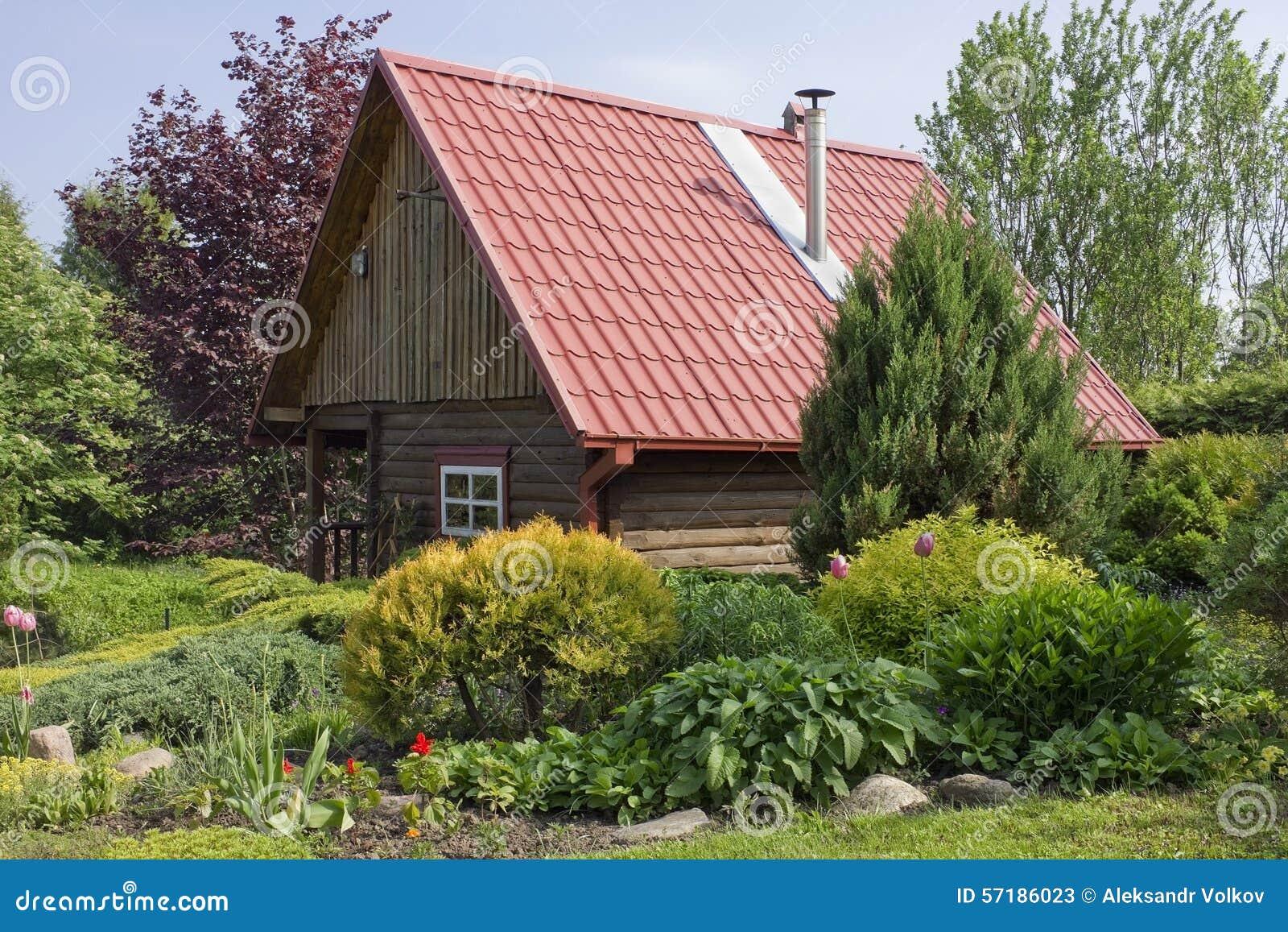Tuile En Bois Nom hangar en bois standard image stock. image du agriculture