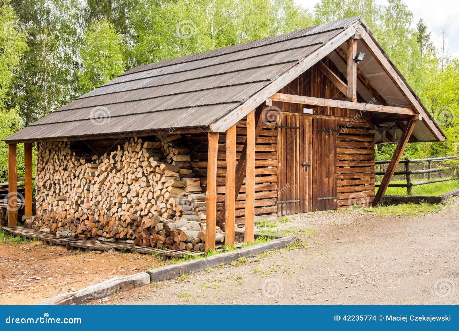 hangar bois pas cher beautiful garage en bois pas cher. Black Bedroom Furniture Sets. Home Design Ideas