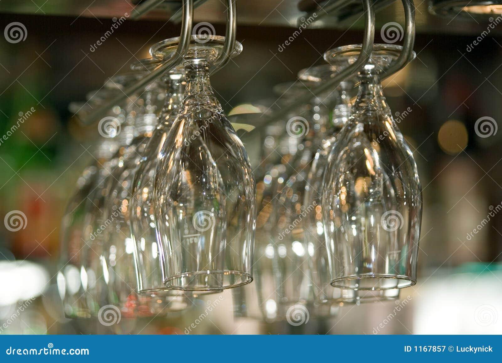 Hangende glazen