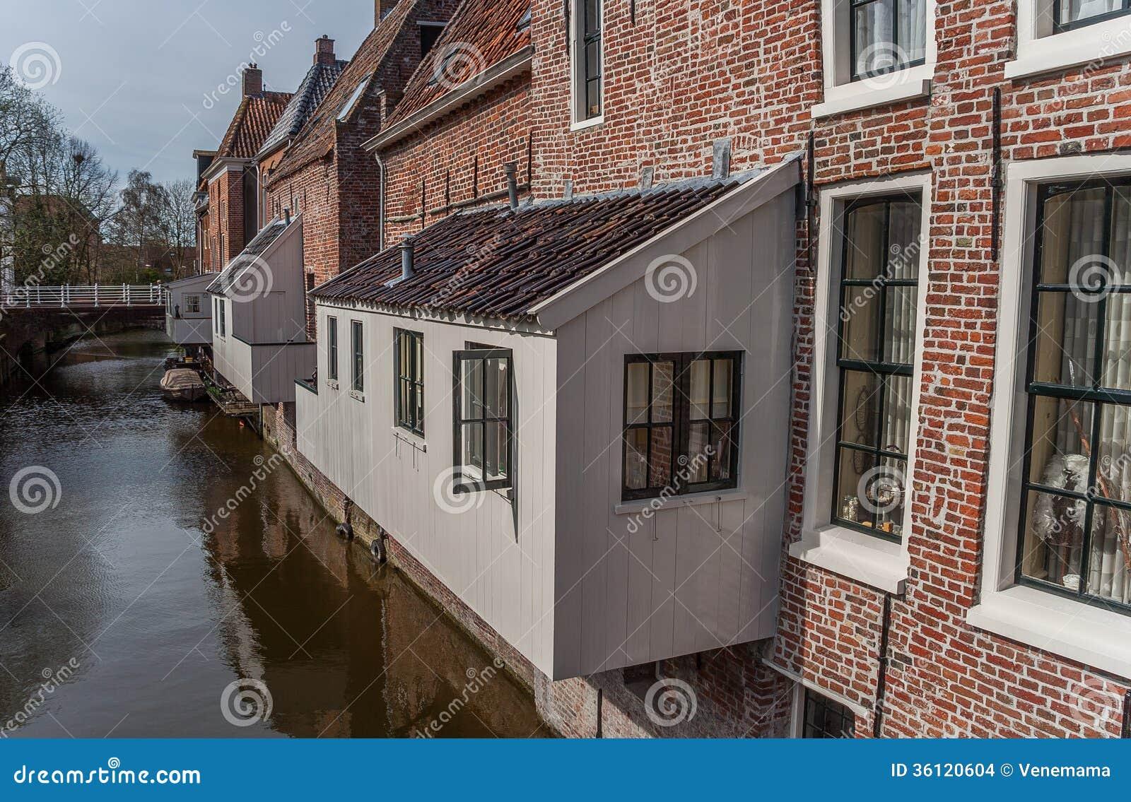 Hangende keukens in het oude centrum van appingedam stock afbeeldingen afbeelding 36120604 - Keuken in het oude huis ...