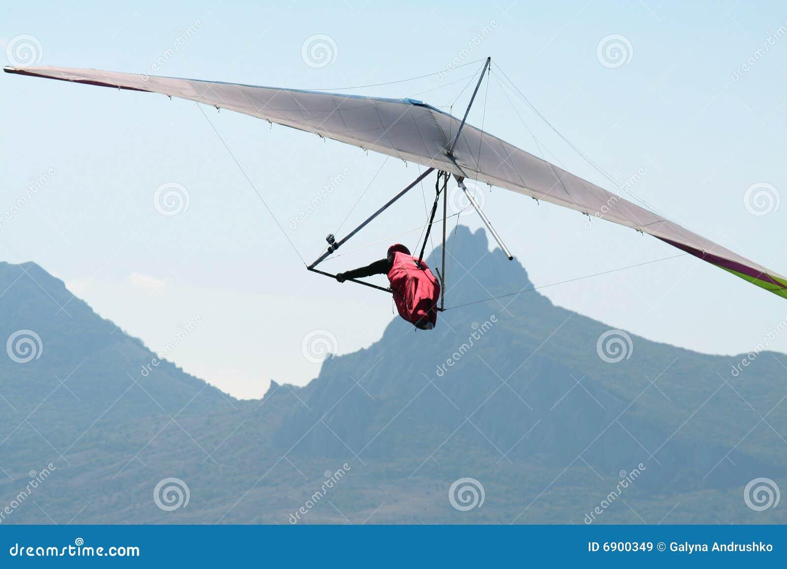 Hangglider tijdens de vlucht