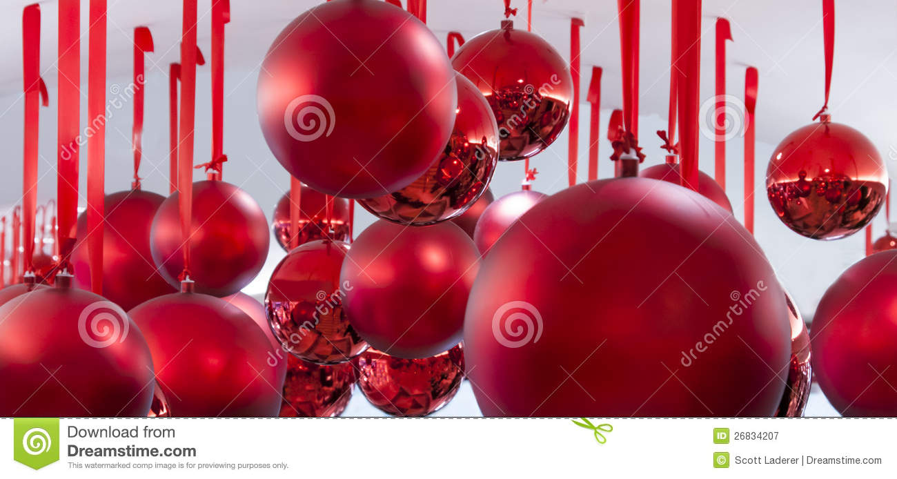 Hanging Red Christmas Balls Royalty Free Stock Photography