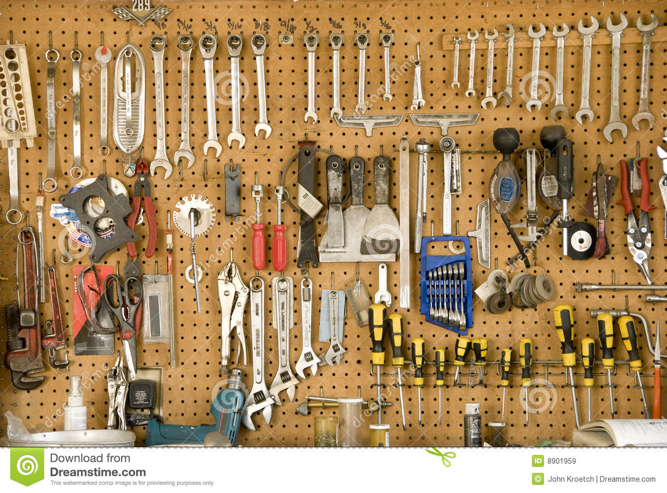 Hanging Tools Royalty Free Stock Images Image 8901959