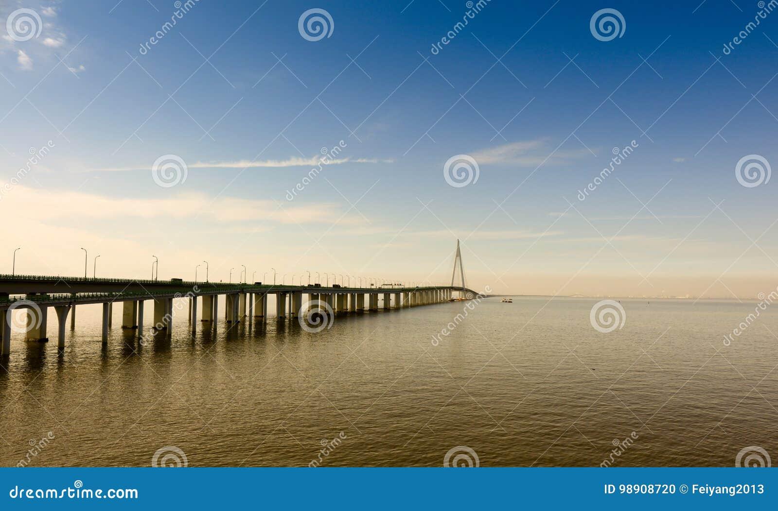 China `s Hangzhou Bay Bridge Editorial Image - Image of