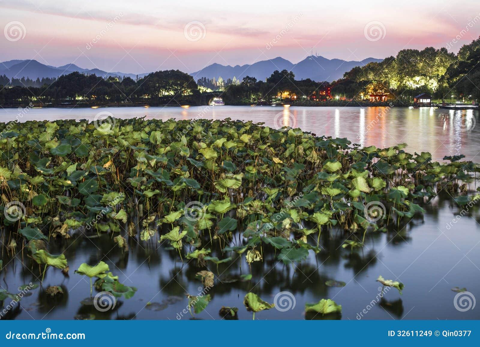 Hangzhou west lake at night