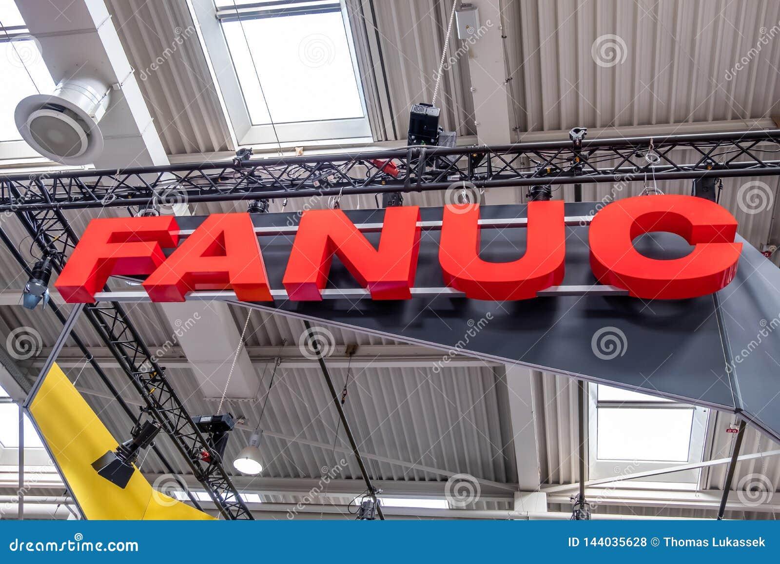 Hannover, Germania - 2 aprile 2019: FANUC sta presentando la pi? nuova generazione di robot alla FIERA di HANNOVER
