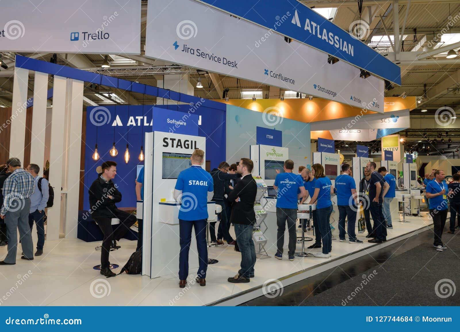 Hannover, Germania - 13 giugno 2018: Cabina della società Atlassian