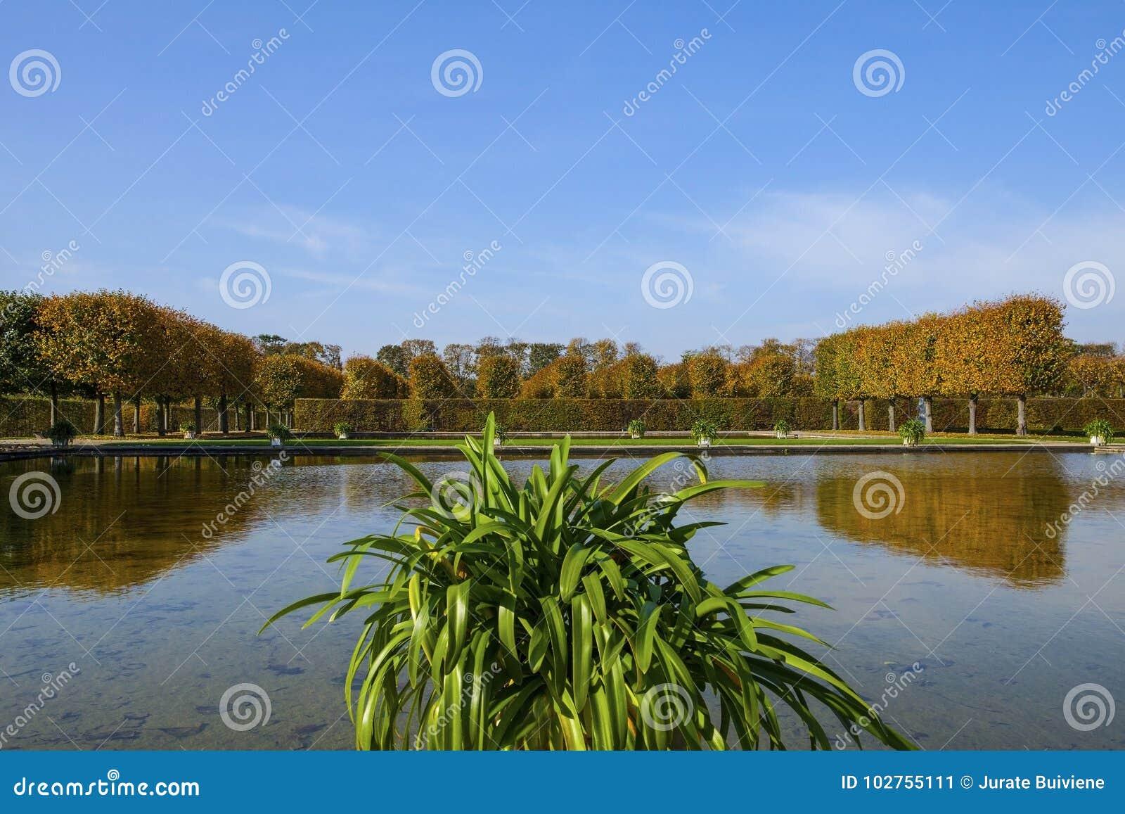 Herrenhauser Garten Stock Image Image Of Blue Baroque 102755111
