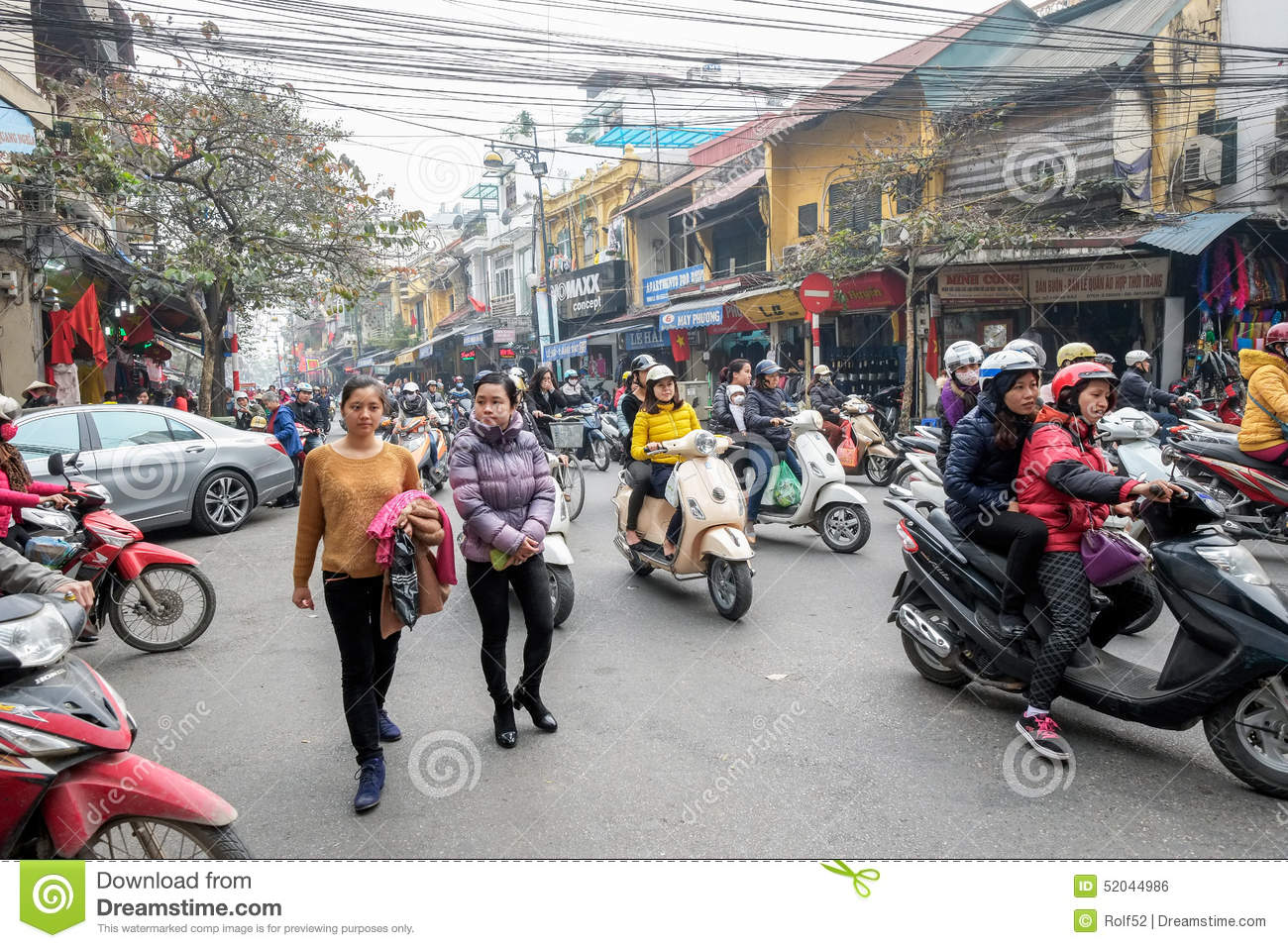 Hanoi Traffic Editorial Photo - Image: 52044986
