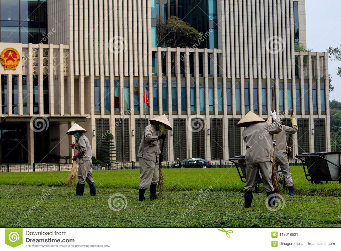 download vietnamese garden workers editorial photo image of outdoors 119018631 - Vietnamese Garden