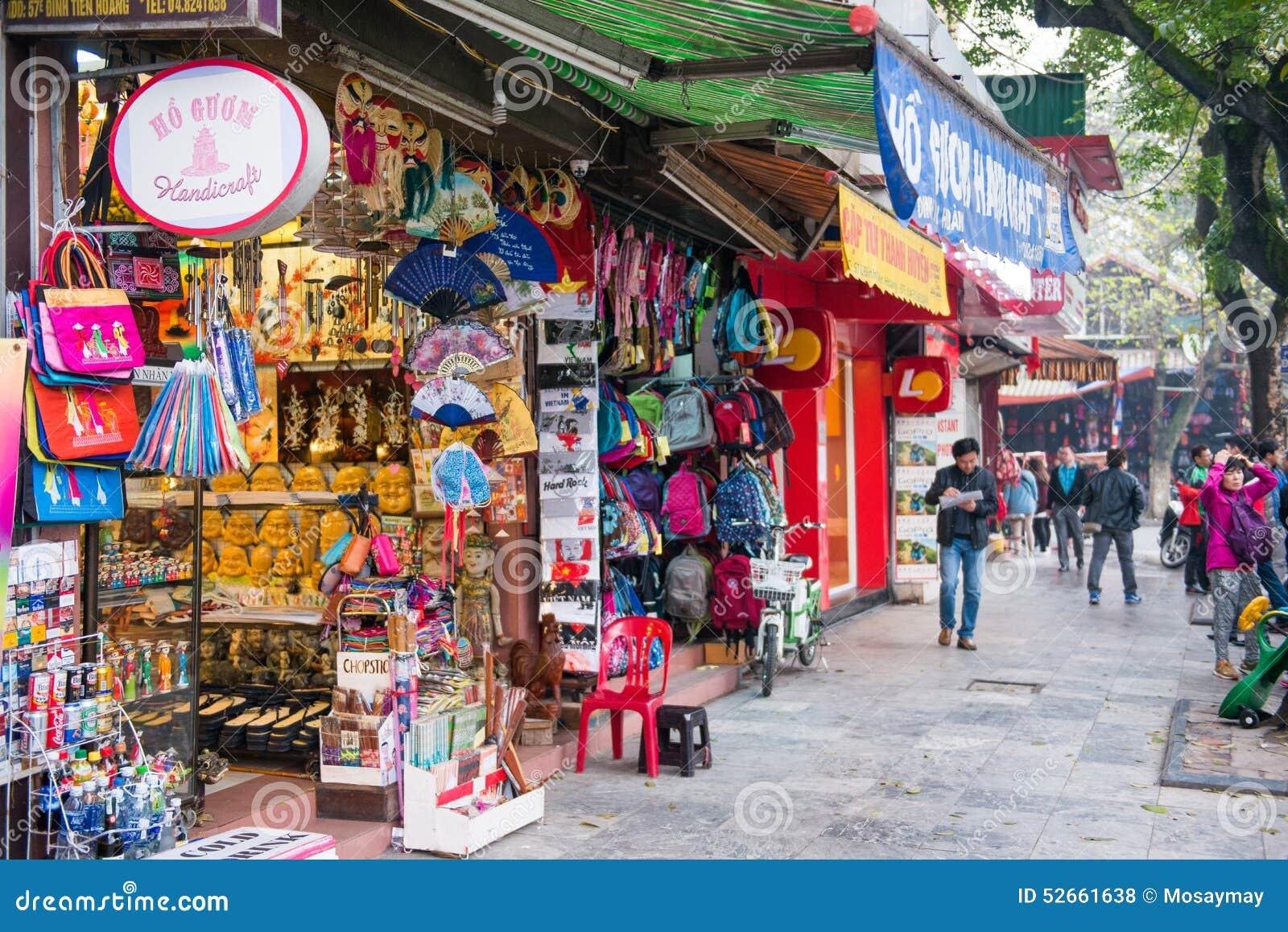 Hanoi Vietnam Mars 13:: shoppa på Hanoi 36 gamla gator på Hanoi ci