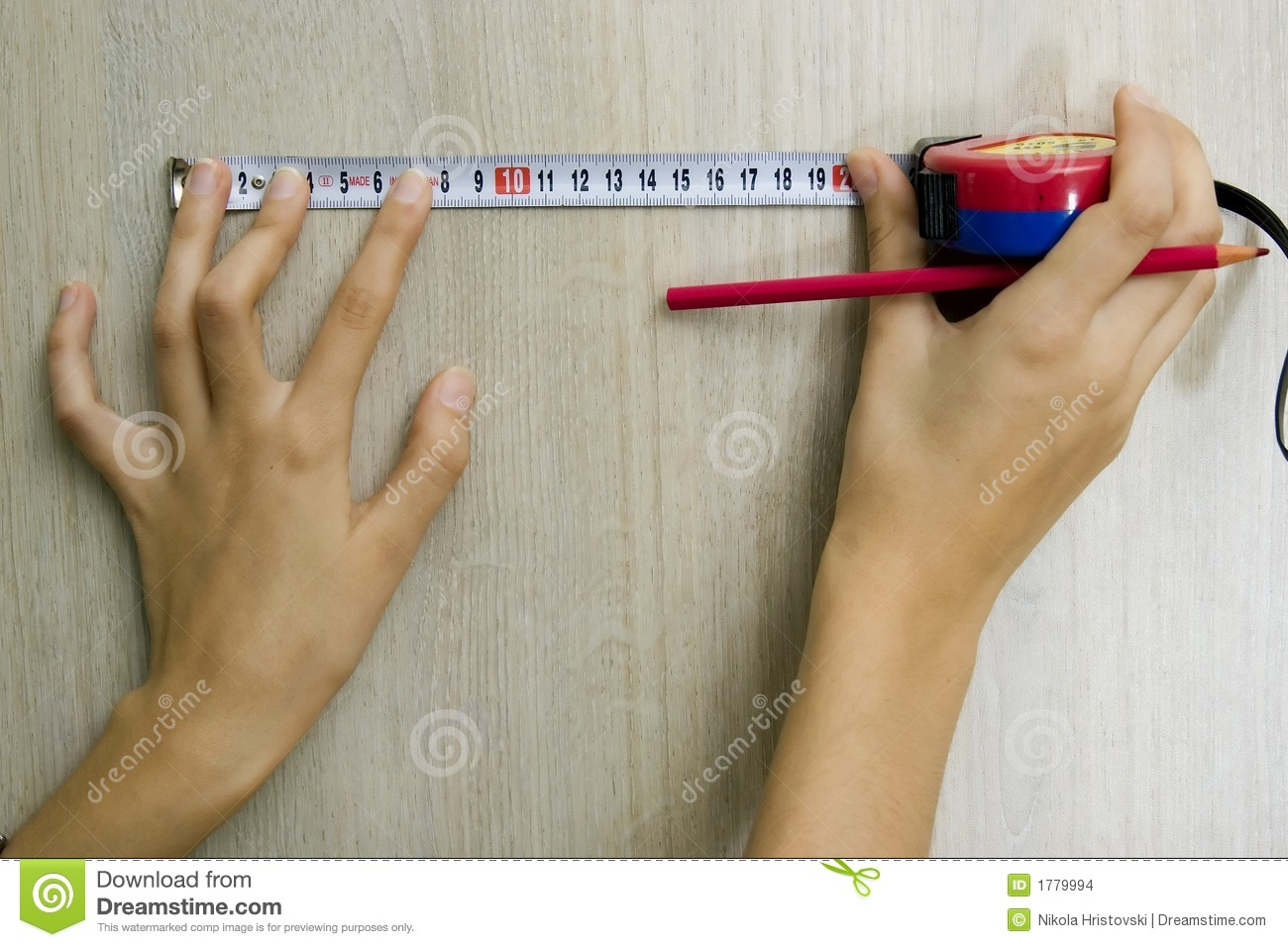 Hans with measuring tape