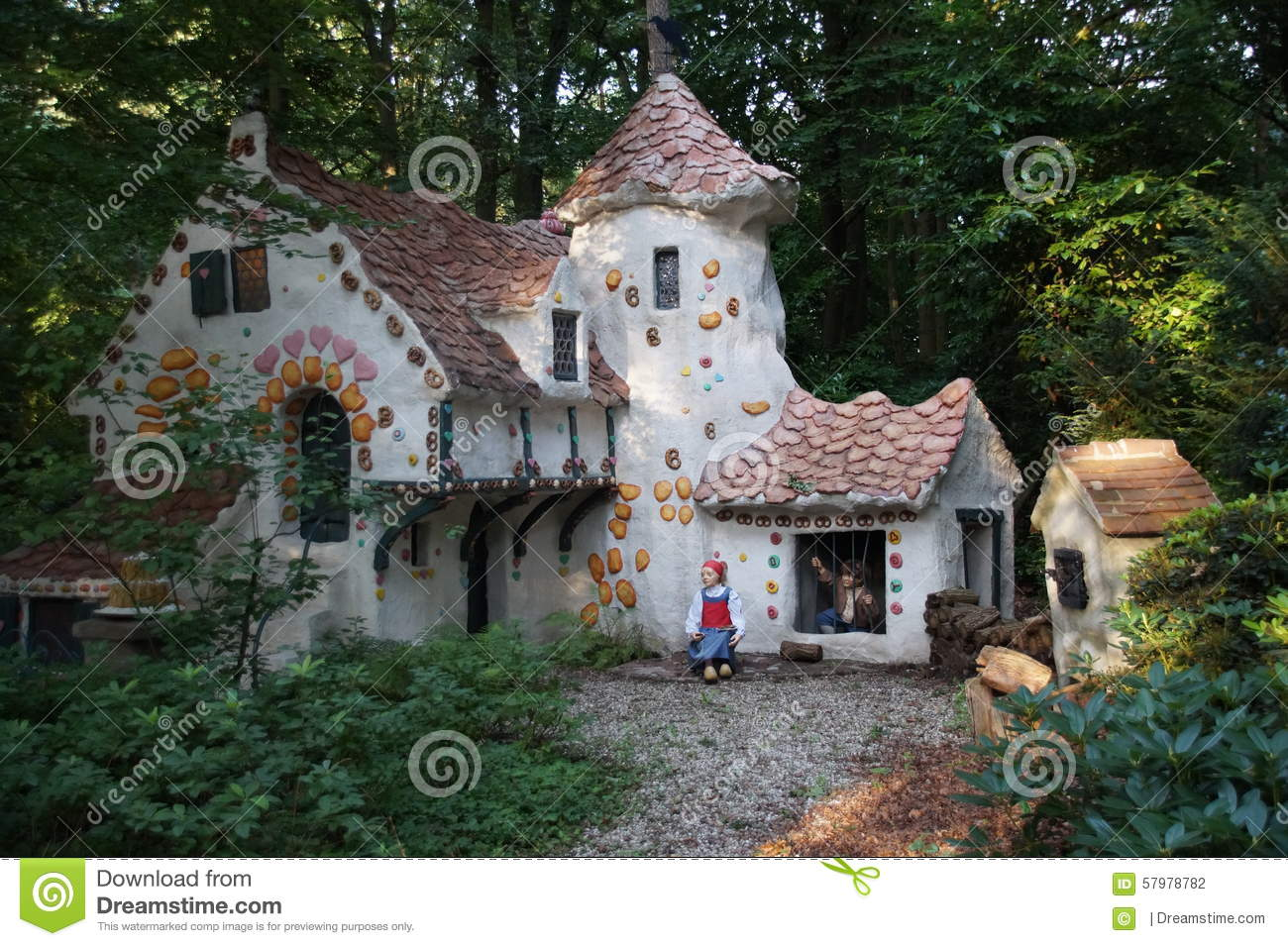 Hansel and gretel cottage house plans for Witches cottage house plans