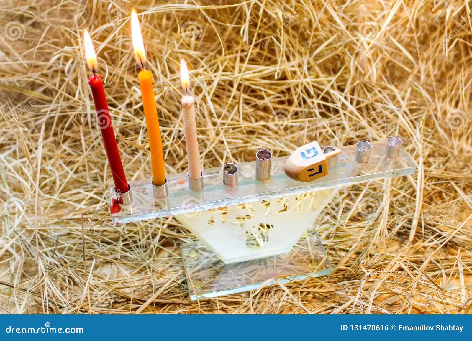 Hanukkah Menorah Dreidels i drewno