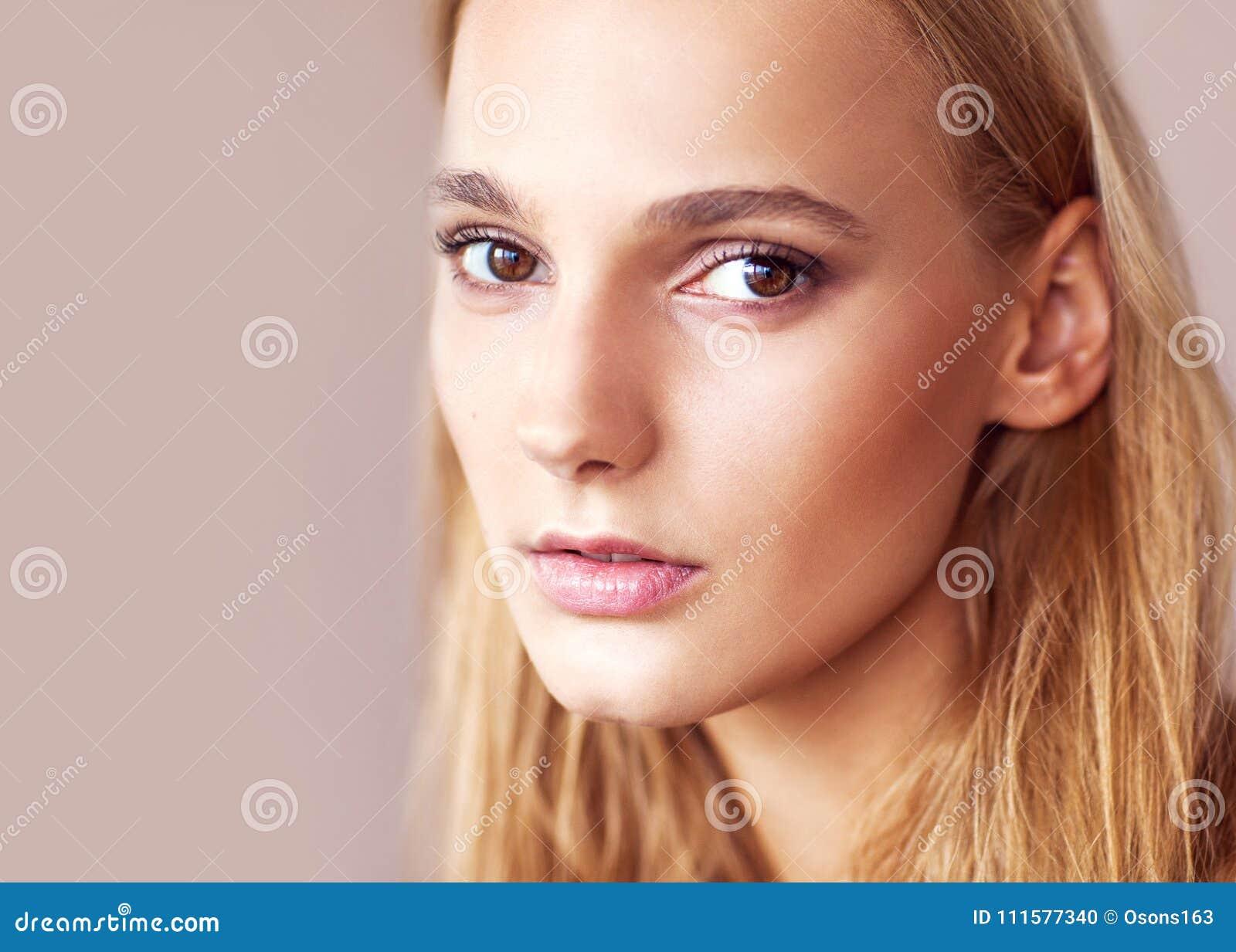 Happy Beautiful Girl. Nude Fashion Portrait Of A White