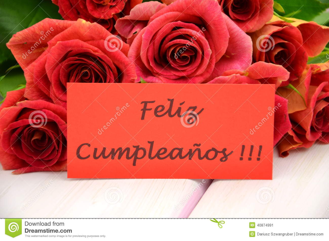 Happy Birthday In Spanish And Bouquet Of Gorgeous Red Roses