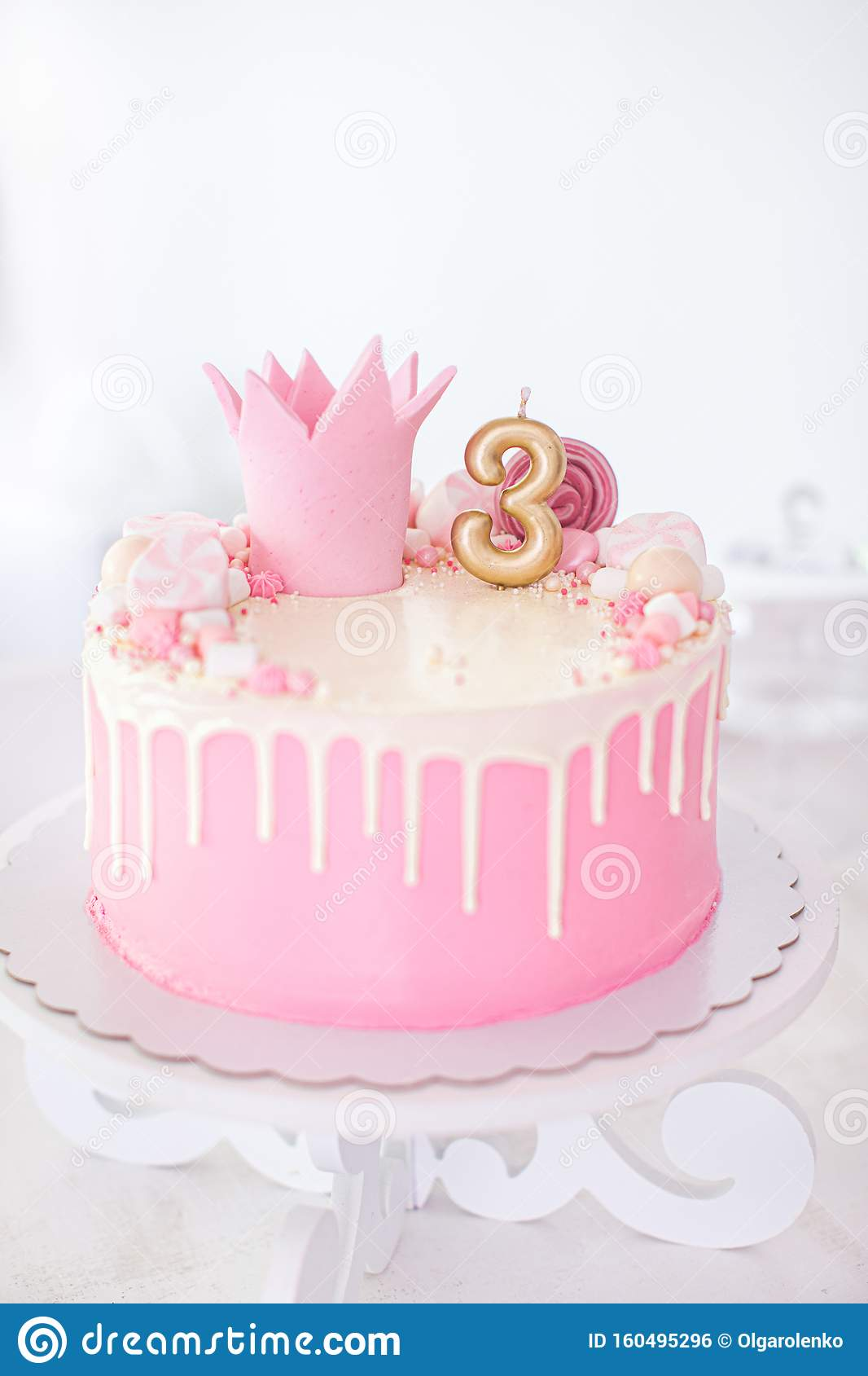 Marvelous Happy Birthday Pink And White Cake With Marshmellows And A Crown Birthday Cards Printable Trancafe Filternl