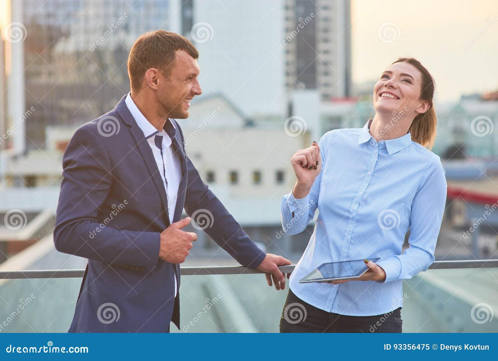 Business people handshake greeting deal at work photo free download - Business People Handshake Greeting Deal At Work Photo Free Download 41