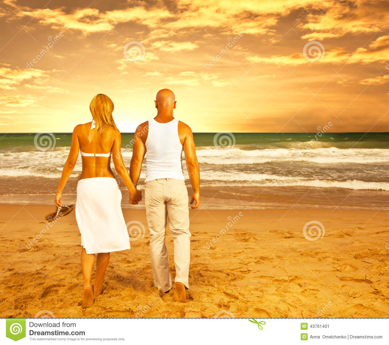 Happy Couple On The Beach Stock Image. Image Of Girlfriend