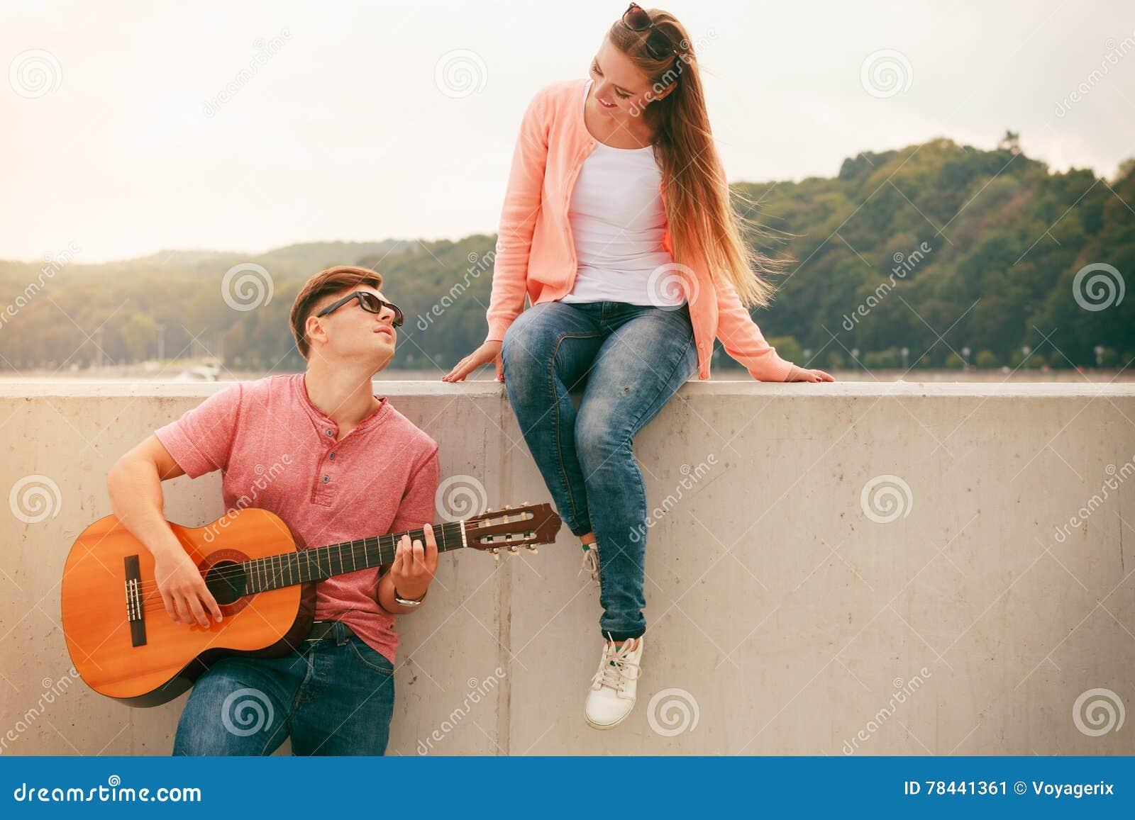 Guitar-dating