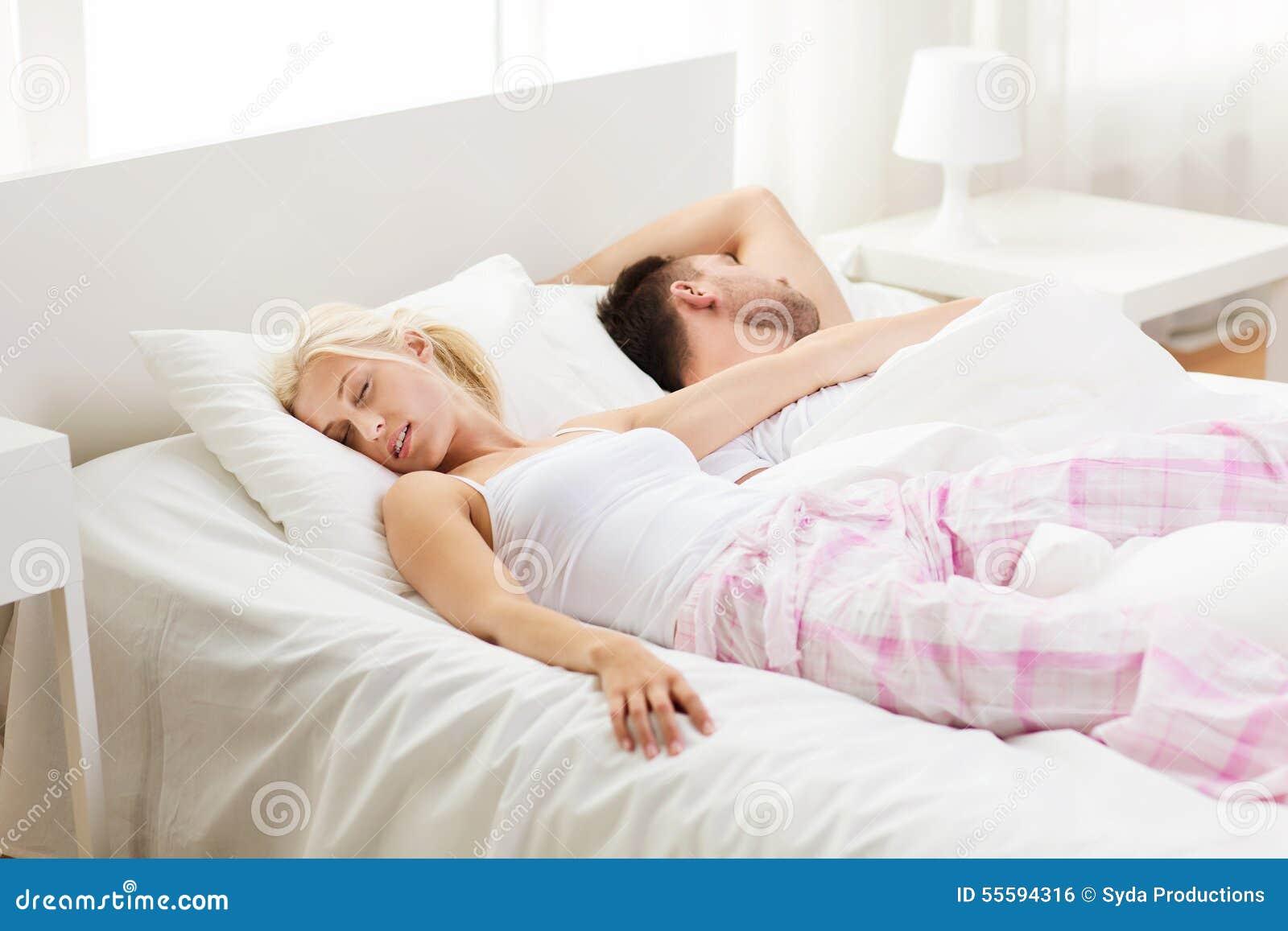 Что если девушки спят вместе, Изучите и запомните: как вычислить девушку. - Limon 24 фотография