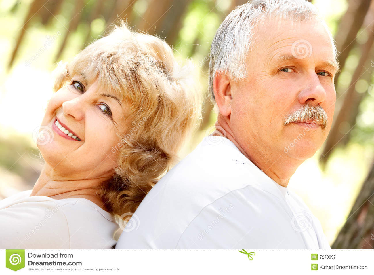 Royalty Free Stock Photography  Happy elderly coupleHappy Elderly Couple