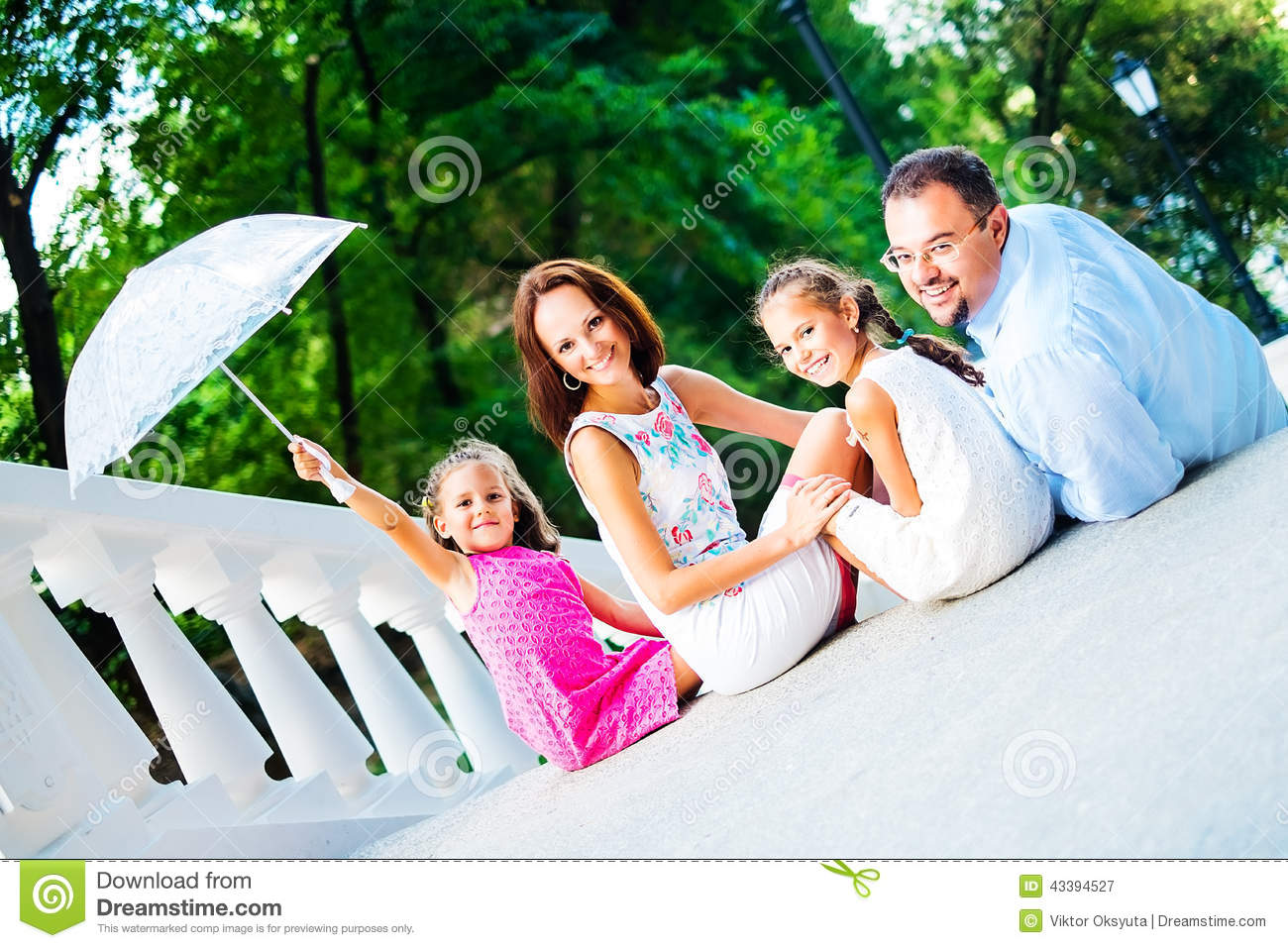 Happy Family Stock Photo - Image: 43394527