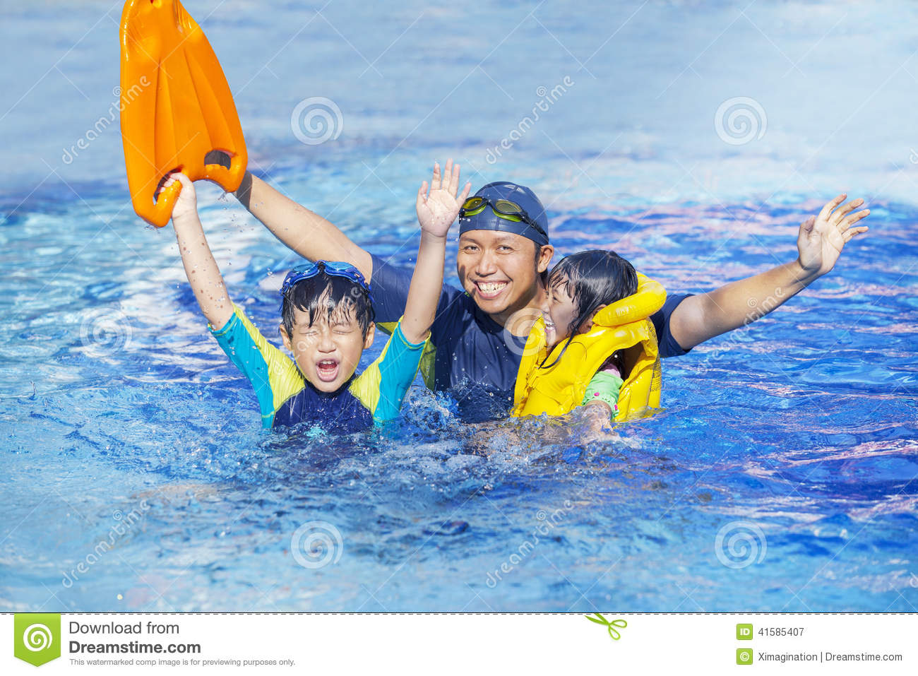 Happy family on the pool stock image image of outdoor for Family swimming pool
